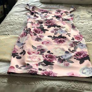 Lovely 60's Style floral dress Ardene L